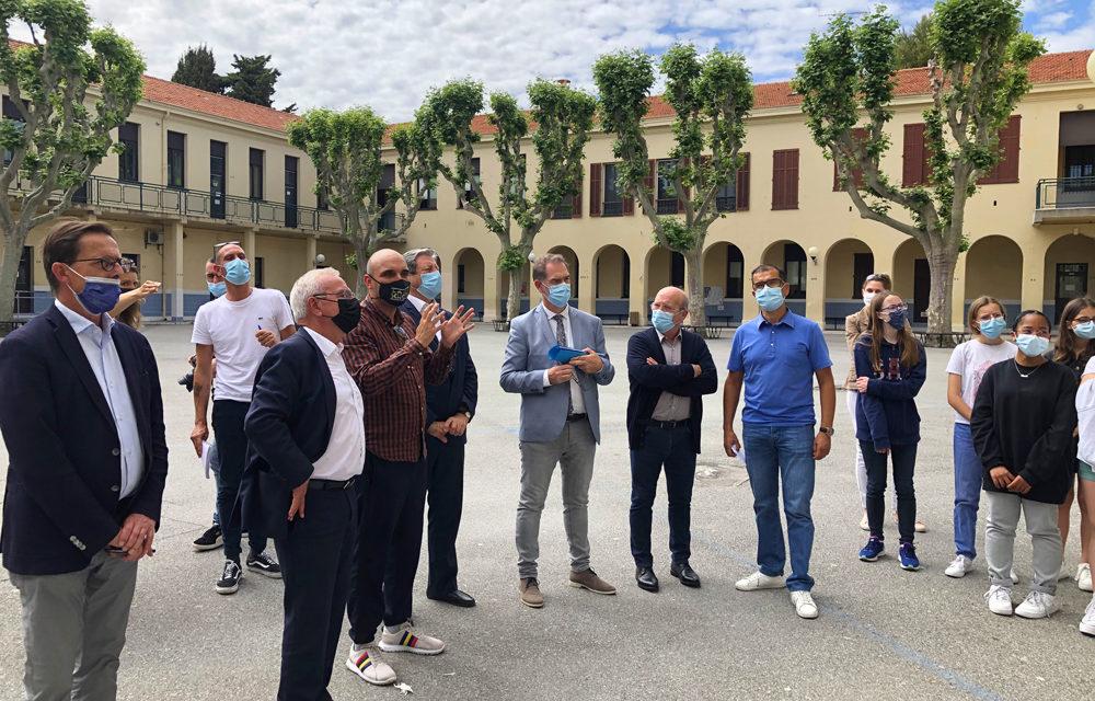 Inauguration de la fresque « Préserver » par Jean Leonetti, Maire d'Antibes Juan-les-Pins